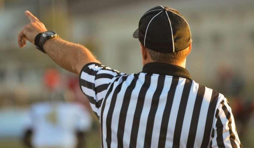Come diventare arbitro di calcio e non: corsi e requisiti