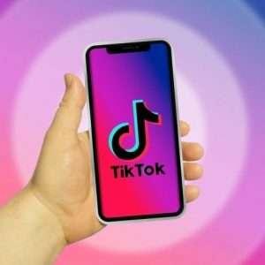 Come diventare famosi su TikTok: segreti del 2021